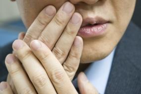 반복적으로 발생하는 입속 염증, 혹시 베체트병?